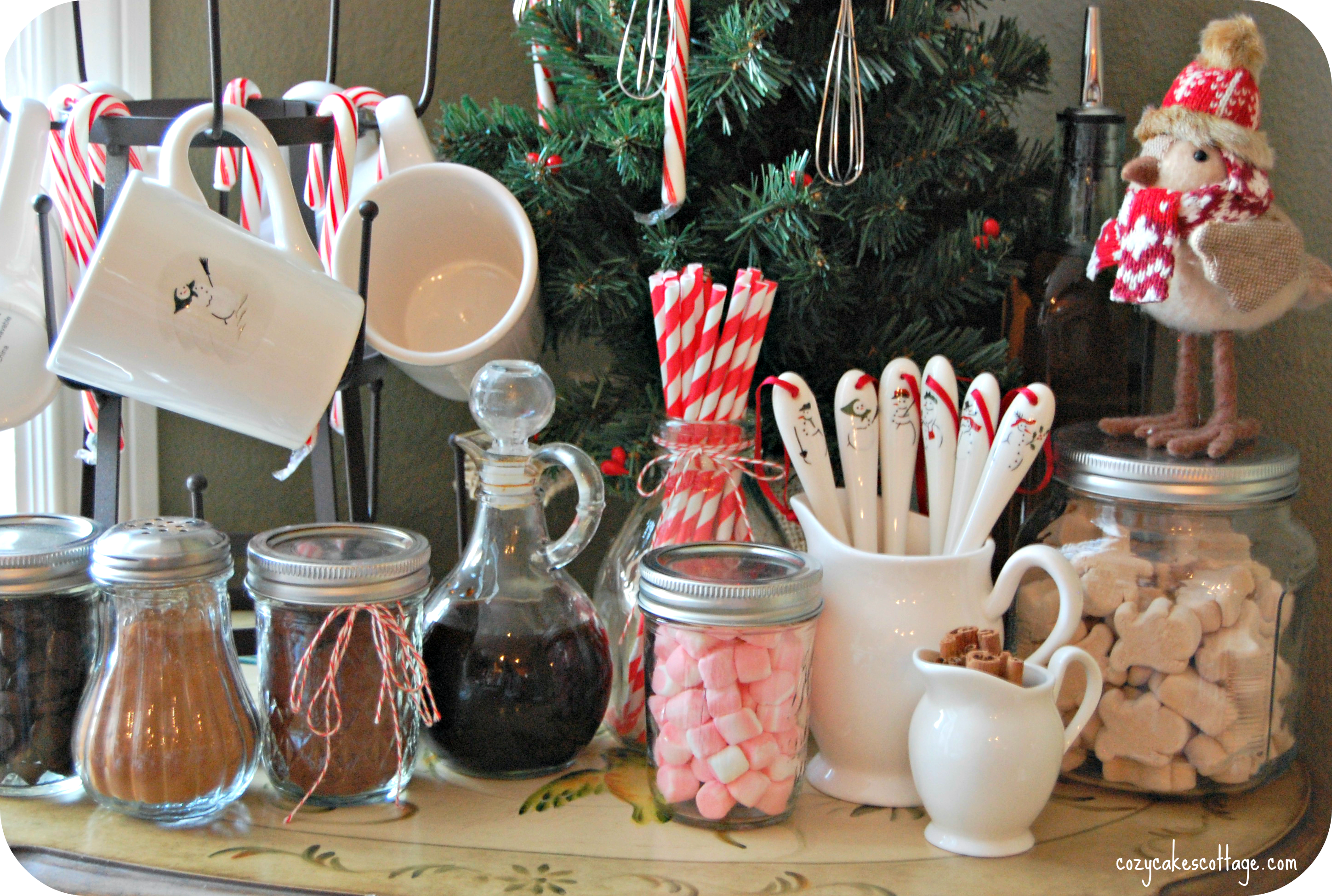 hot-cocoa-bar-middle